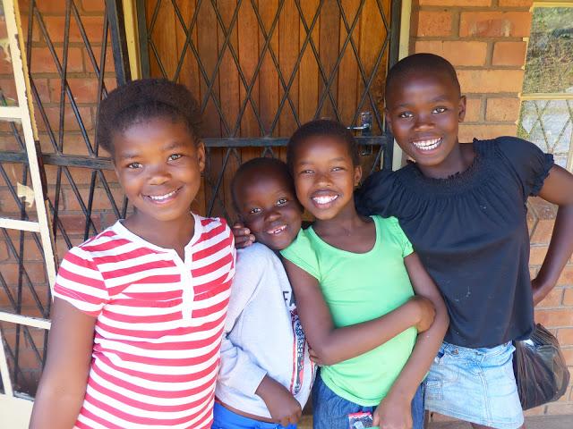 Sauvons-1000-vies-avec-Orphelins-Sida-International